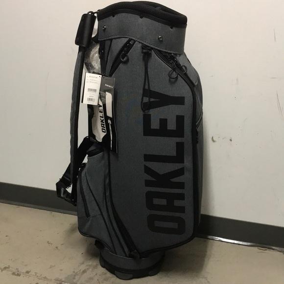 ecef2b32d1be Oakley BG Golf Bag 11.0 NWT